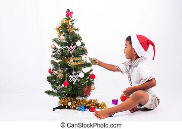 かわいい, プレーしなさい, 男の子, 木, コレクション, クリスマス