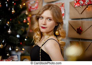 に対して, 木, 服, クリスマス, 飾られる, 女の子, 背景, 黒