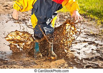 はねかけること, 泥だらけである, 水たまり, 子供
