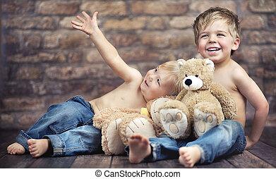 わずかしか, 男の子, 2, ∥(彼・それ)ら∥, 楽しむ, 幼年時代