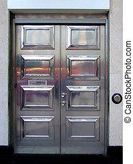 アルミニウム, ドア