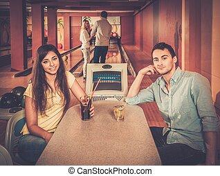 クラブ, テーブル, 恋人, の後ろ, ボウリング