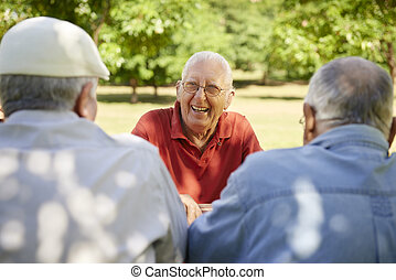 グループ, 男性, 公園, 笑い, 楽しみ, シニア, 持つこと