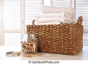 テーブル, リンネル製品, バスケット, 洗濯物