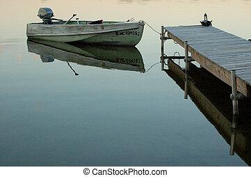 ドック, ボート, 横列