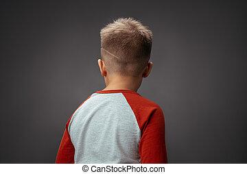 バックグラウンド。, 隔離された, concept., 子供, 男の子, 写真, 彼の, カメラ。, 劇, 背中, おこらせている, 品質, 高く, 回された, 子供