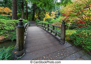 フィート橋, 色, 秋