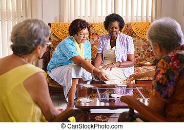 ホスピス, カード 遊ぶこと, ゲーム, 女性, シニア