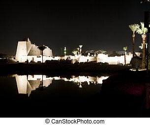 ルクソール寺院, karnak, 夜