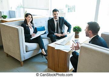 企業家, ホテル, 強い印象を与えなさい, 専門家, つらい, ミーティング