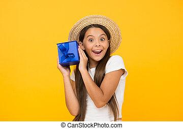 何か, sales., celebration., 休日, this., 幸せ, プレゼント, concept., 出産, bonus., birthday, 割引, childhood., 余分, friday., プレゼント, 買い物, girl., 贈り物, 黒, 十代, 夏, 箱