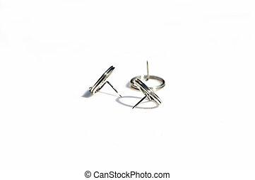 刺鍼術の 針, 耳