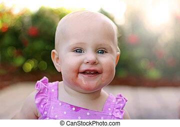 外, 赤ん坊, 微笑, 極度, 女の子, 幸せ