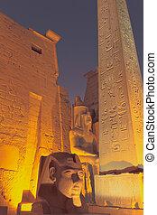 夜, 寺院, 入口, (egypt), ルクソール