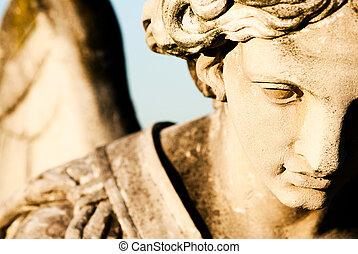 天使彫像, 細部