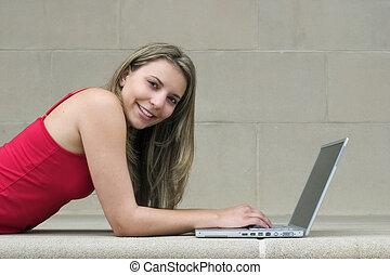 女の子, コンピュータ