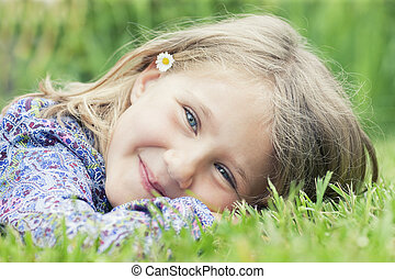 女の子, 草, 微笑, あること