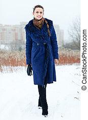 女の子, 青, 長さ, コート, 肖像画, フルである, 微笑