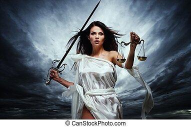 女神, 嵐である, femida, 正義, スケール, 空, に対して, 劇的, 剣