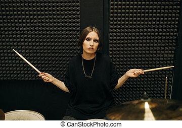 女, 若い, ドラムをたたく