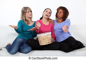 女, movie., 3, 監視