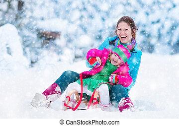 子供, 雪が多い, 公園, sledding, 母