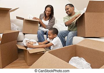 家族, 家, アメリカ人, 箱, 引っ越し, アフリカ, 荷を解くこと