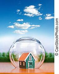 家, 球, 下に, ガラス, 保険を掛けられた