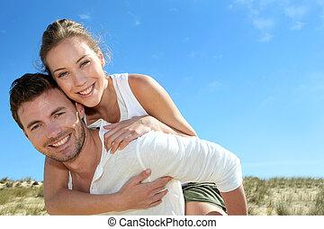 寄付, 乗車, 砂丘, piggyback, 砂, ガールフレンド, 人