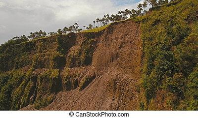 山。, camiguin, 道, 地すべり, 島, フィリピン。