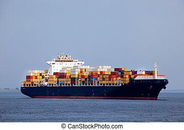 巨大, 船の 容器