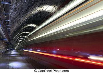 市街電車, トンネル, 姿を消す