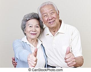 年長の カップル, アジア人