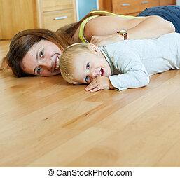 幸せ, 木製の床, 子供, お母さん