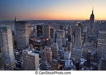 建物, 都市, with., 航空写真, パノラマ, スカイライン, 州, 日没, ヨーク, 新しい, 帝国, マンハッタン, 光景