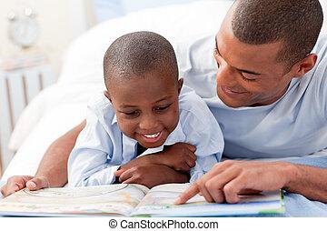 息子, 父, 彼の, 読書