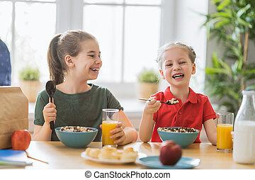 持つこと, 幸せ, breakfast., 子供