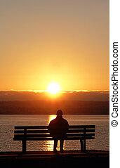 日没, 平和である