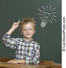 朗らかである, 子供, 微笑, blackboard.