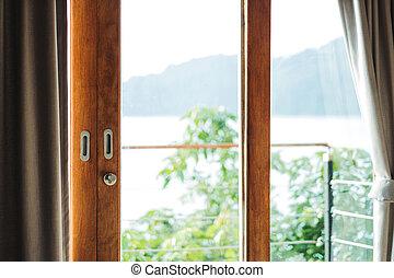 木製のフレーム, ドア, バルコニー