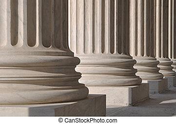 柱, 正義, 法律