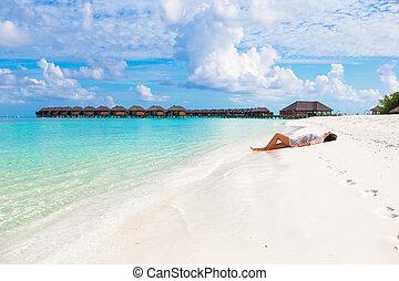 楽しみなさい, 女, ほっそりしている, 若い, 休暇, 熱帯 浜