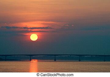 橋, 上に, 日没