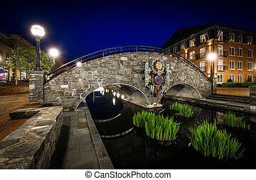 橋, 入り江, 公園, frederick, 上に, carroll, maryland., 夜, 線である