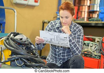 点検, 倉庫, クリップボード, 労働者, 女性