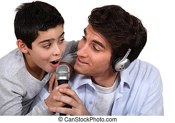 父, 歌うこと, 息子