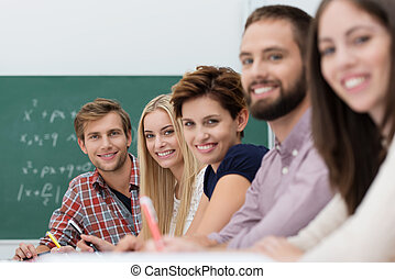 生徒, 大学, 満足くそう, 幸せ