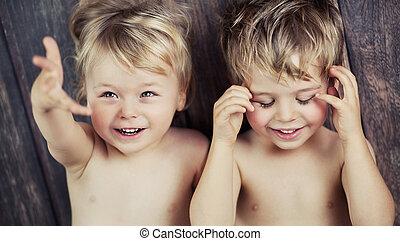 男の子, わずかしか, カメラ, 2, 微笑