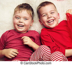 男の子, 2, あること, 笑い