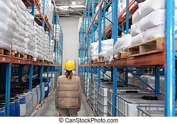 立っている女性, 倉庫, 労働者